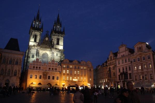 Новосибирская студентка не может вылететь из Праги по билету туда-обратно