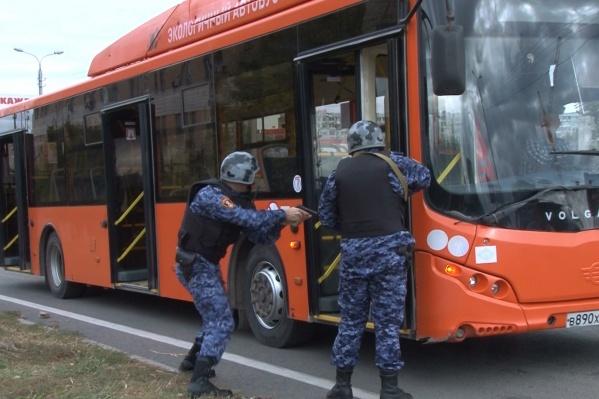 Росгвардию на помощь кондуктору вызвал водитель автобуса