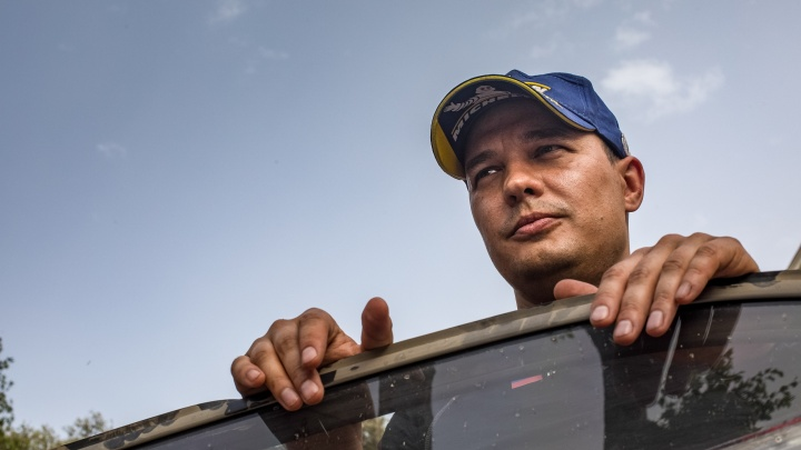 Летели так, что оторвало крышку багажника: челябинец выиграл этап чемпионата мира по ралли