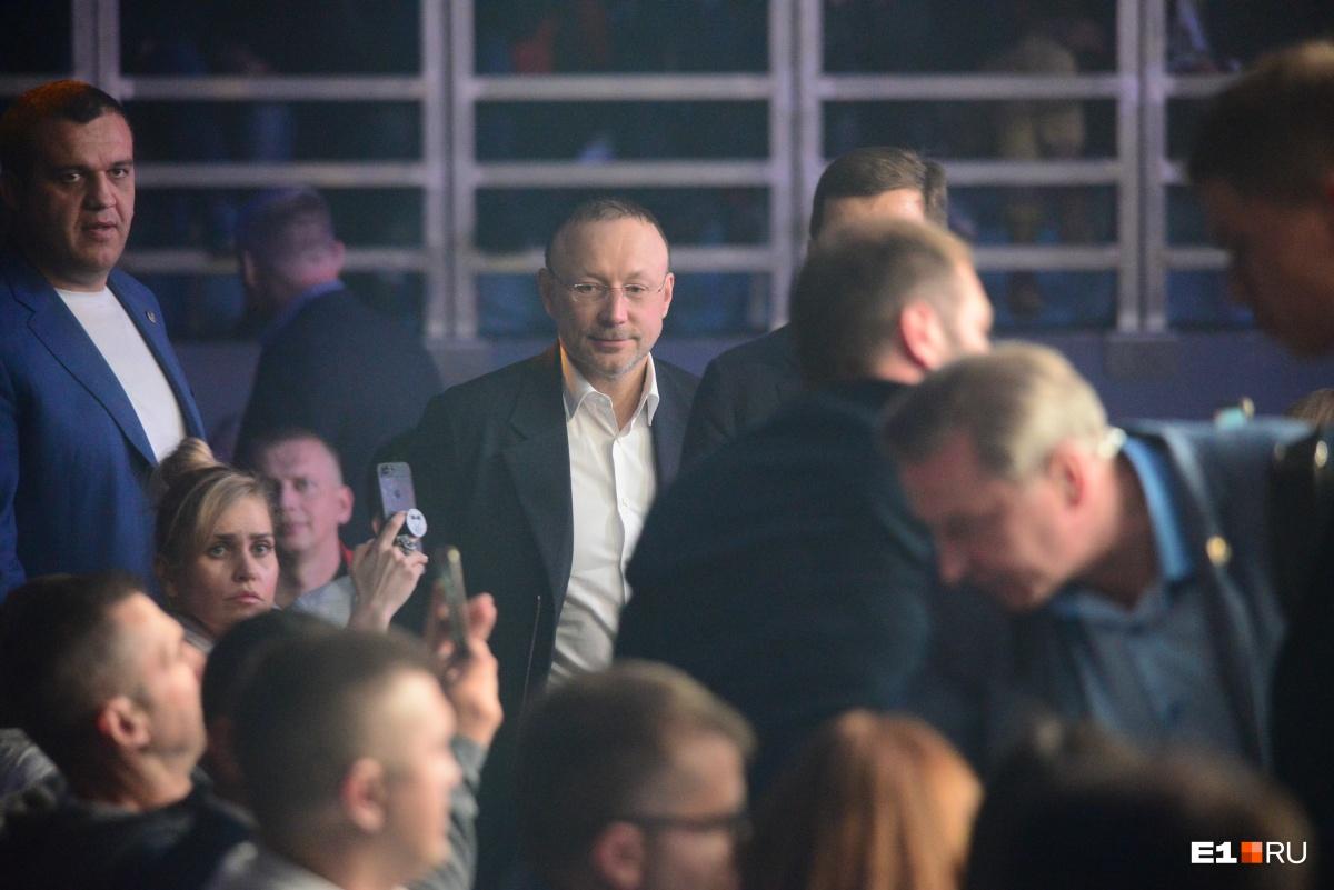 Игорь Алтушкин, кстати, приехал в «Уралец» только к главному бою
