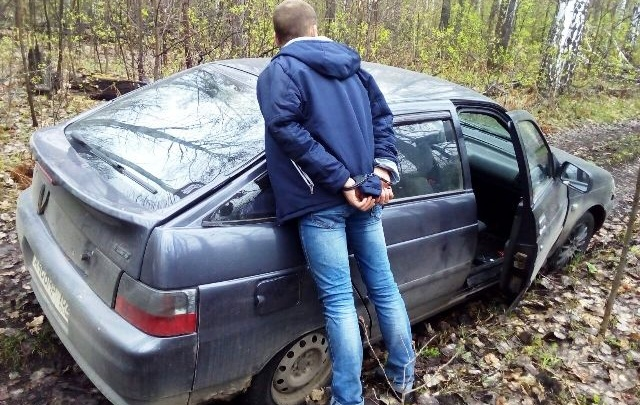 В Башкирии полицейские устроили погоню со стрельбой за угонщиком