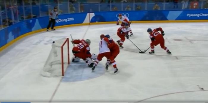 Соперник по финалу определится после матча между Канадой и Германией
