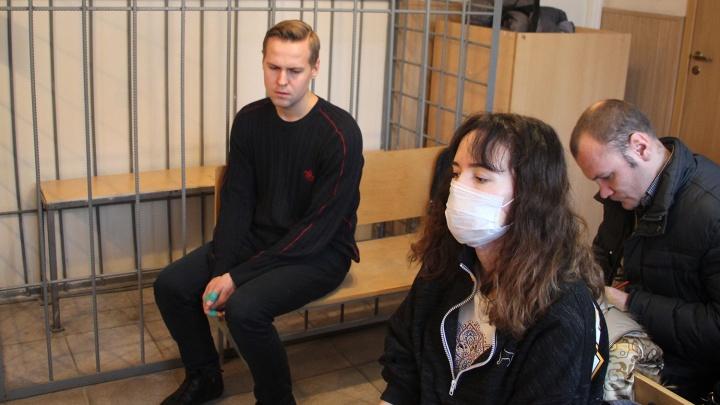 Выжившая после выстрела в лицо омичка:«Если бы он сел в тюрьму, мне лучше бы точно не стало»