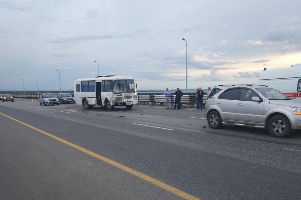 ДТП произошло на Красавинском мосту