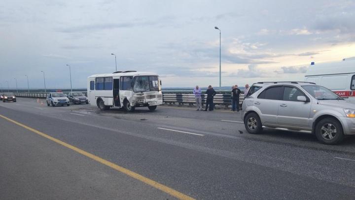 В Перми ребенок пострадал в ДТП с автобусом на Красавинском мосту