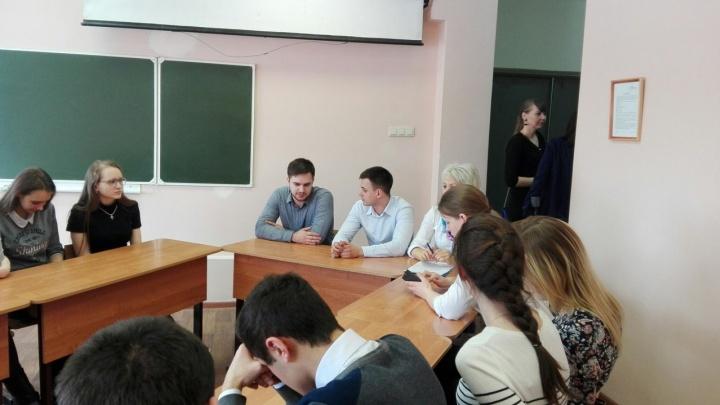 Бывшие выпускники рассказали, как ЕГЭ на 100 баллов повлиял на их жизнь в Красноярске
