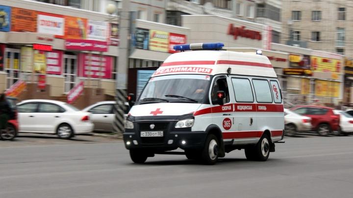 В Омске количество вызовов скорой выросло из-за волны респираторных заболеваний