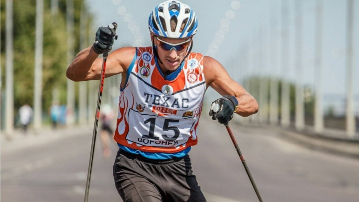 Спортсмен из Северодвинска завоевал серебро чемпионата России по лыжероллерам