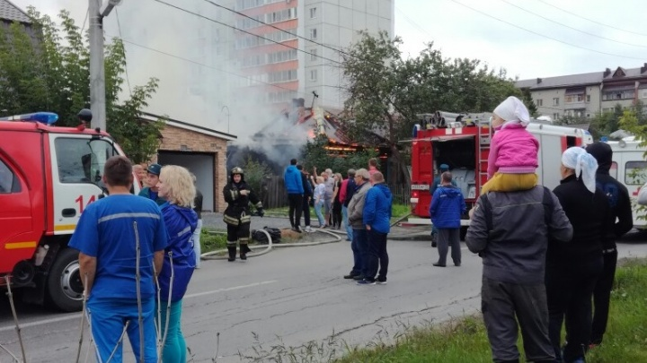 На улице Мира сгорел частный дом