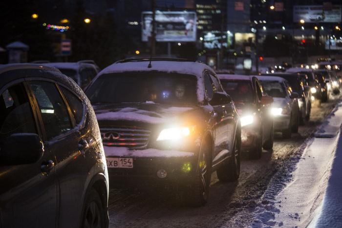 Интенсивные пробки были сегодня в Новосибирске весь день. К вечеру они достигли 9 баллов