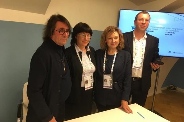 Соглашение с известным альтистом и дирижёром подписали на международном культурном форуме в Санкт-Петербурге