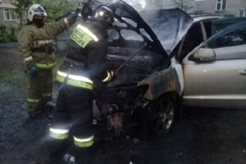 Машины выгорели полностью
