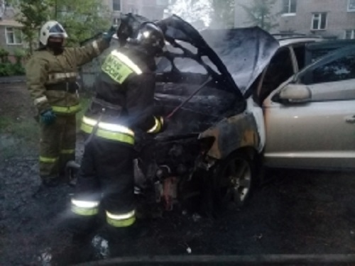 В Ярославле задержали пиромана, поджигающего машины во дворах