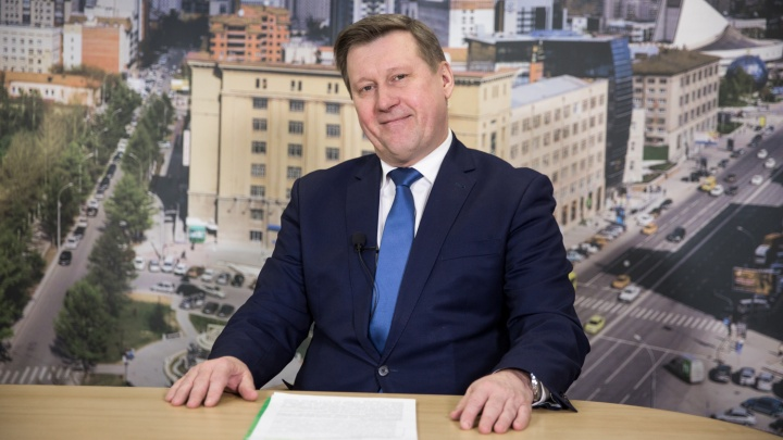 Мэр Новосибирска Анатолий Локоть повысил свою зарплату (на чуть-чуть)