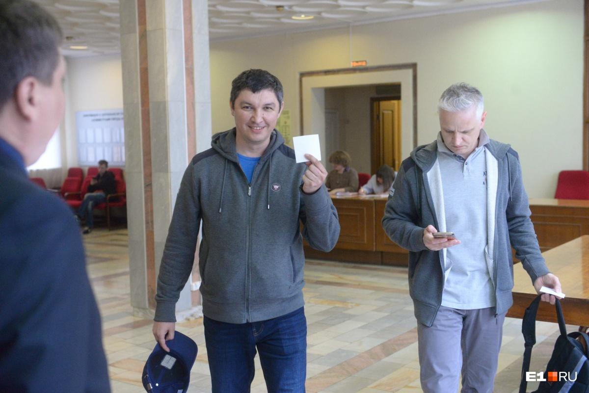 Контролировать опрос будет гордума: Высокинский рассказывает, кто будет решать судьбу храма в сквере