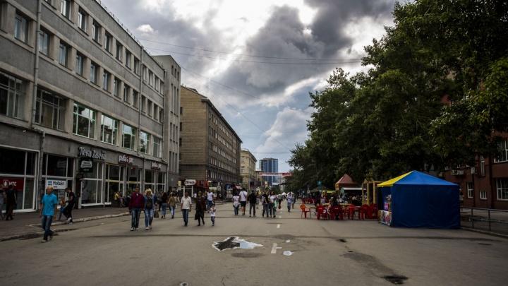 Сделали музыку потише: с пешеходной улицы Ленина исчезнет половина колонок