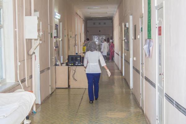 Некоторые медики получают зарплату менее 30 000 рублей