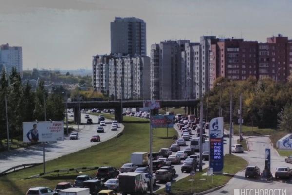 Инцидент произошёл на улице Ипподромской, когда водители стояли в пробках