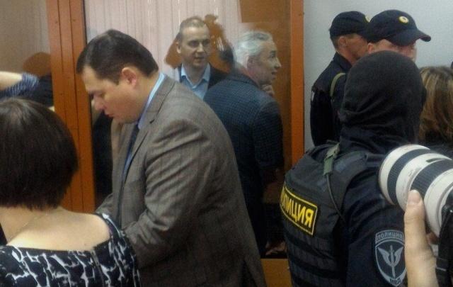 Долго скрывавшиеся сообщники экс-депутата Пеункова отправятся в колонию общего режима