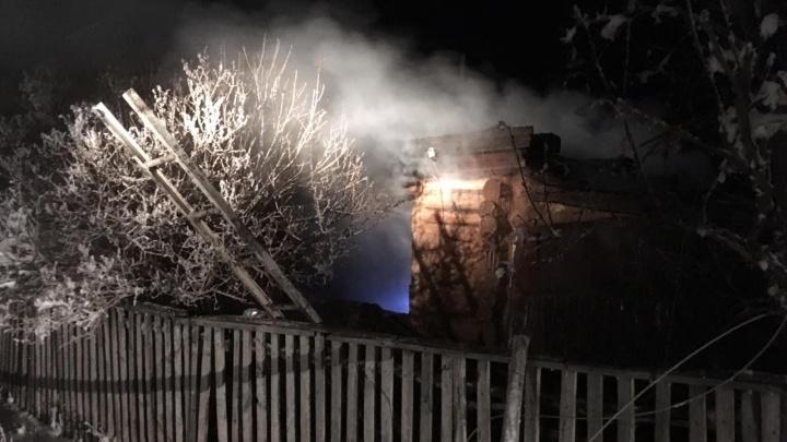 В Башкирии ночью сгорел жилой дом: погибли мужчина и женщина