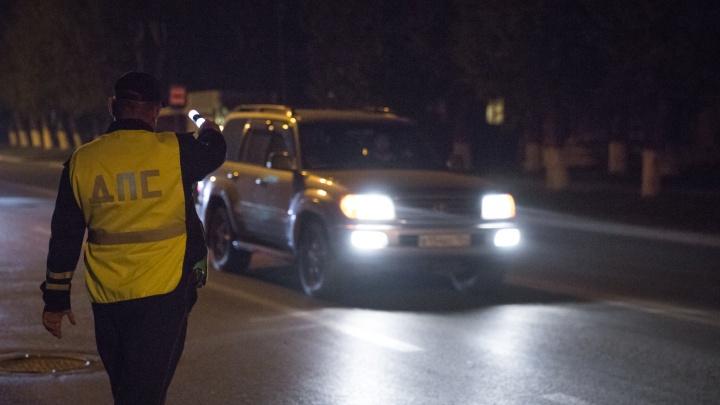 ГИБДД поймала 13 водителей со слишком яркими фарами: за ними охотились 4 дня