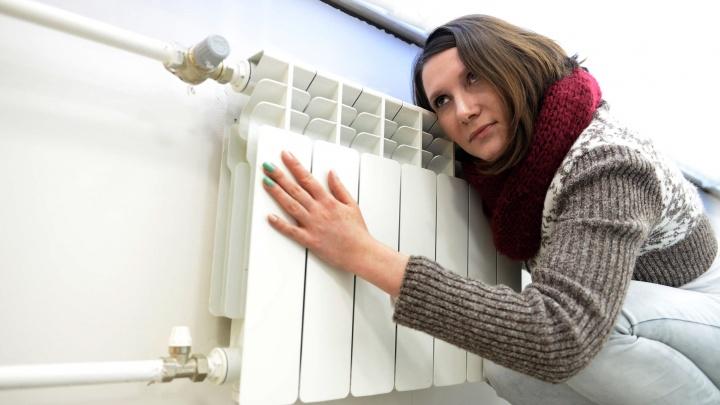 В дома екатеринбуржцев, замерзающих из-за повреждения на сетях, начало возвращаться тепло