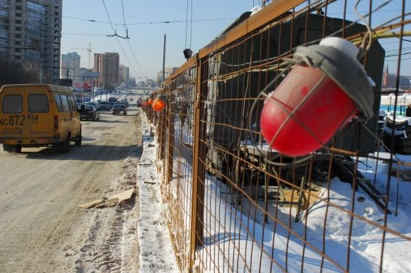 Участок улицы перекрыли из-за ремонта теплотрассы