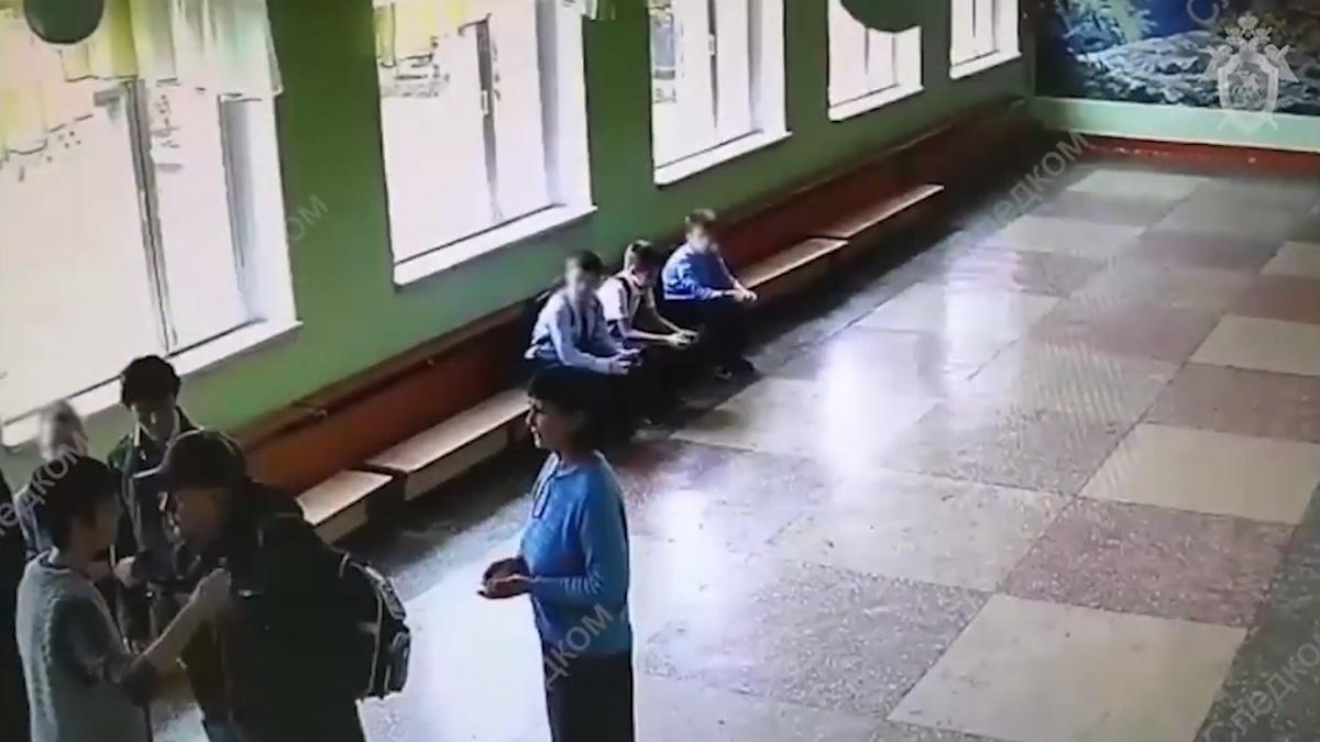 Видео мальчик занимается сексом
