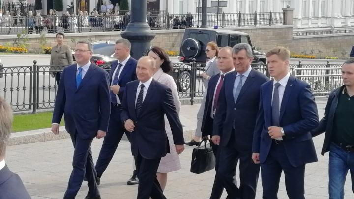 Владимир Путин пригласил нового президента Казахстана на встречу в Омске