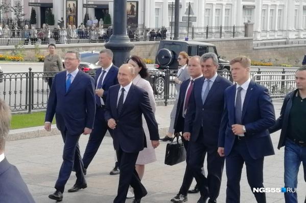 В Омске президент России был прошлой осенью: он прогулялся по Любинскому проспекту и сделал громкое заявление насчёт пенсионной реформы