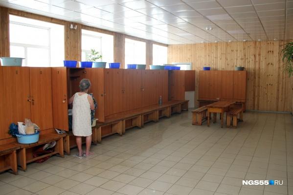 Для кого-то баня — единственный шанс нормально помыться во время отключения домов от горячей воды