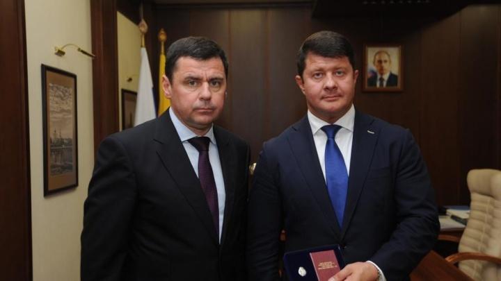Губернатор наградил Владимира Слепцова почётным знаком: за какие заслуги