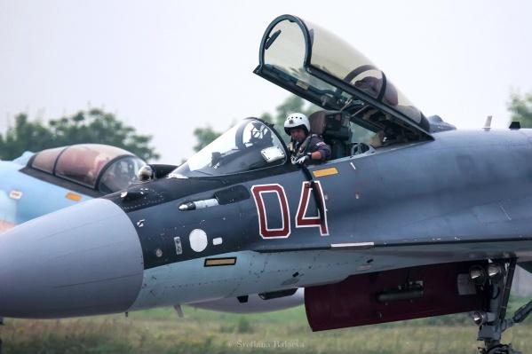 Накануне руководство аэродрома сообщило, что смог от лесных пожаров не повлияет на выступление пилотов
