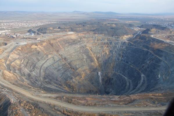 Причина — авария на Сибайском подземном руднике