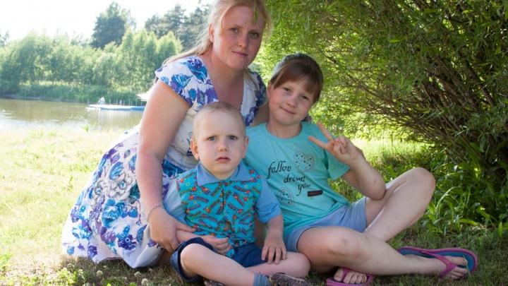 Мать ребёнка в инвалидной коляске добилась установки пандуса в школе