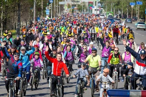 Обычно велопробеги в Перми бывают очень массовыми, поэтому из-за них перекрывают движение на улицах
