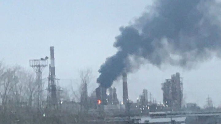 В Уфе вспыхнул пожар на нефтеперерабатывающем заводе