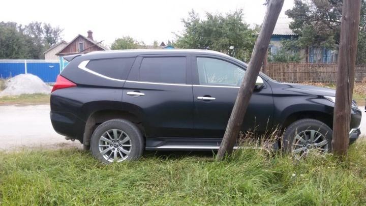 В Волгоградской области фермер скоропостижно скончался за рулем внедорожника