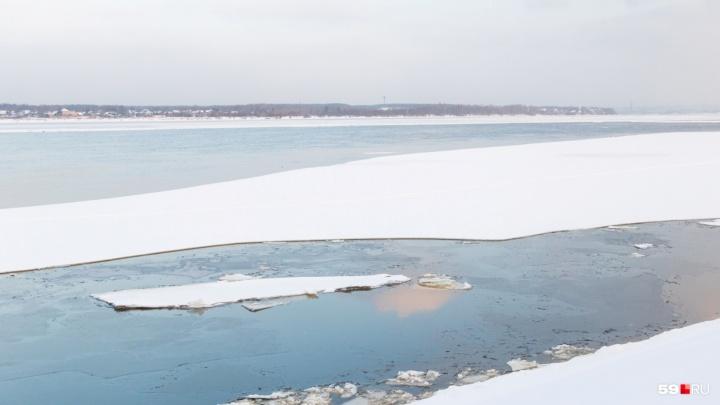 В Прикамье двое молодых рыбаков провалились под лёд и утонули в Каме