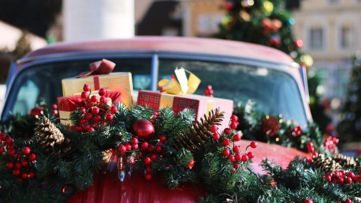 Успеть без очереди: нашли места, где можно купить универсальные подарки для друзей и родственников
