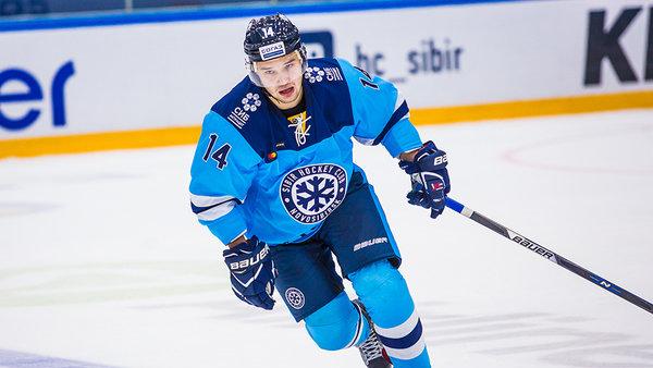 Хоккейная «Сибирь» продала нападающего в Челябинск