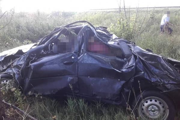 Автомобиль превратился в груду железа