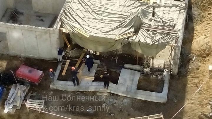 В «Солнечном» на стройке многоэтажки упала стена дома