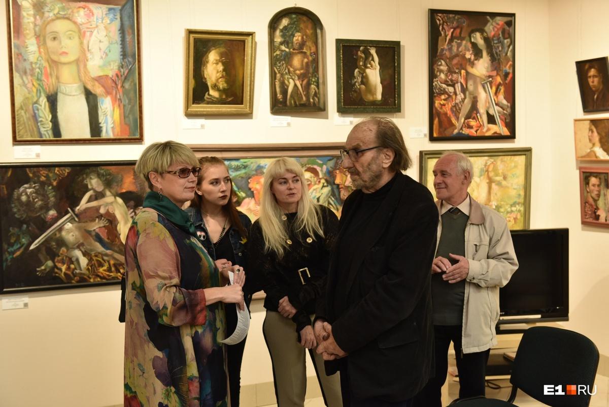 Виталий Волович в музее Миши Брусиловского