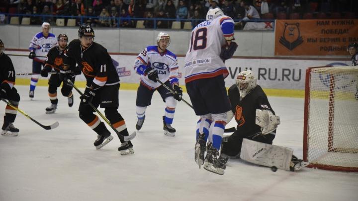 И тольяттинские, и самарские хоккеисты проиграли субботние выездные матчи
