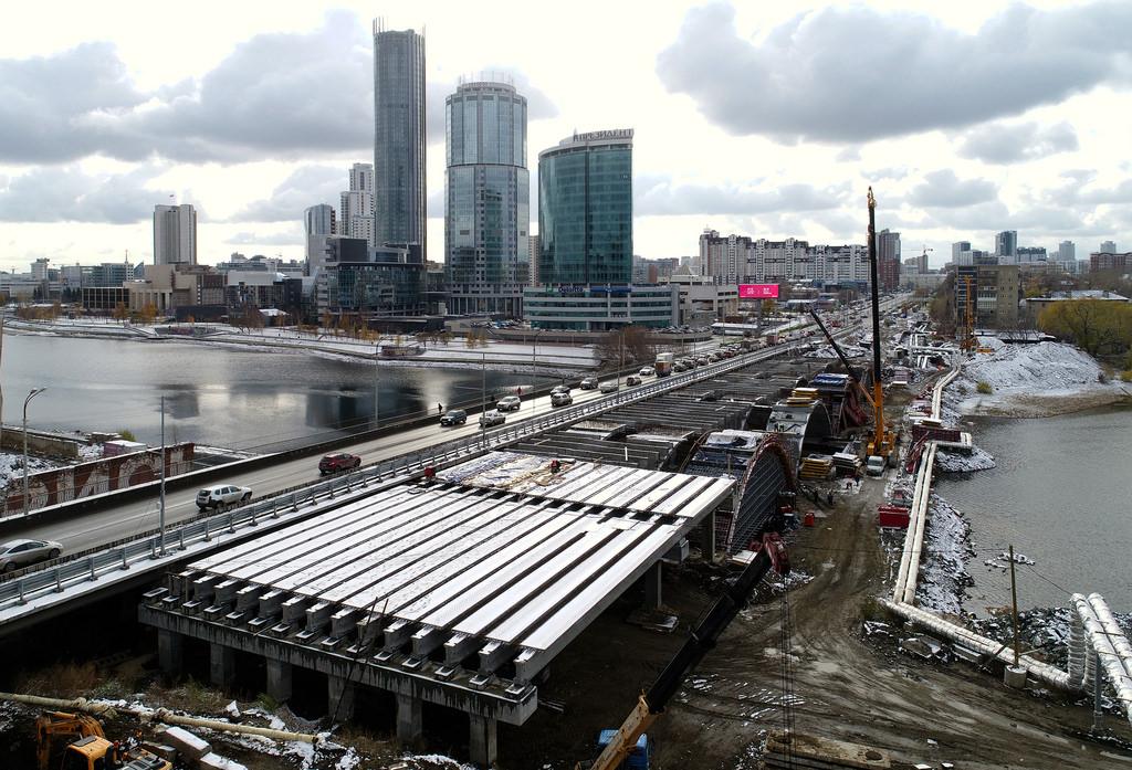 Основа для будущего нового моста
