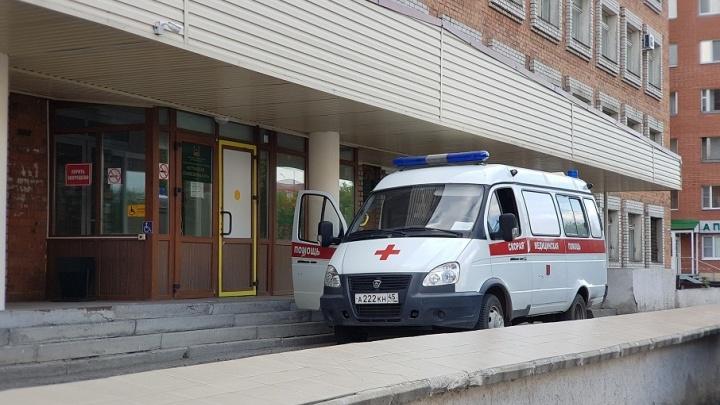 Вызвал скорую – жди полицию: в Курганской области врачей скорой помощи защитят от пациентов