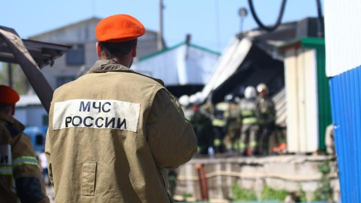 В Самарской области пожарные нашли труп молодого мужчины в сгоревшем доме