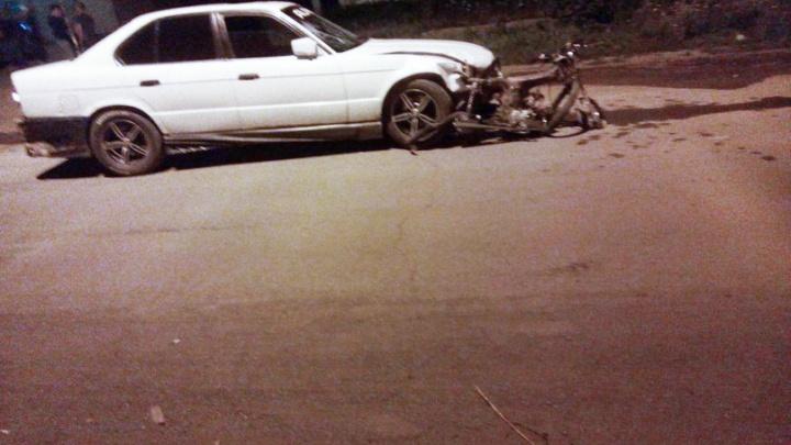 Без прав и ОСАГО: южноуральца на BMW, пьяным сбившего насмерть подростка на мопеде, отдали под суд