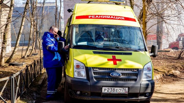 В Ярославской области ВАЗ сбил пешехода: мужчина умер в больнице